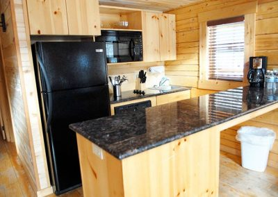 cabin-rentals-kitchen_0