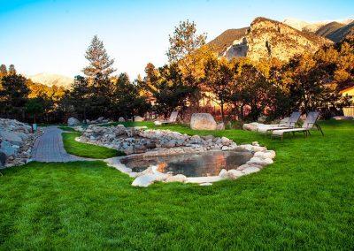colorado-hot-springs-rocky-mountains