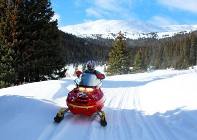 colorado-snowmobile-trails