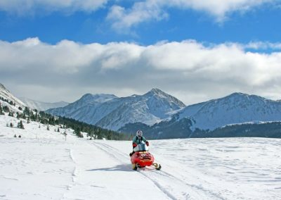 colorado-snowmobiling-trails