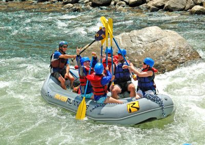colorado-whitewater-paddle-high-five