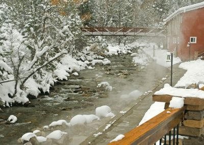 creekside-hot-springs