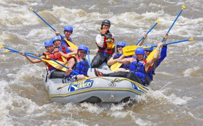 group-rafting-colorado