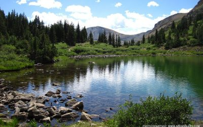 high-alpine-lake-fishing-in-colorado