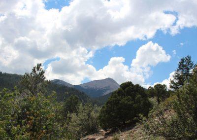 horseback-riding-colorado-scenery