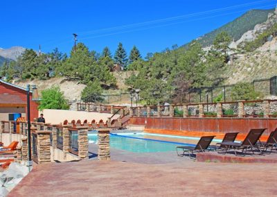 hot-springs-swimming-pool-colorado_0