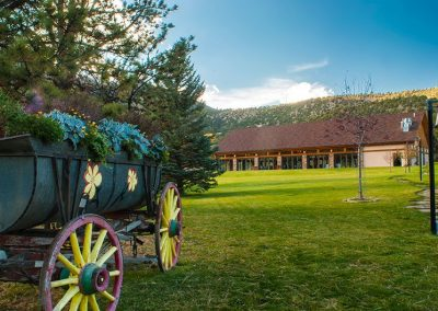 lawn-wedding-mt-princeton-hot-springs-resort