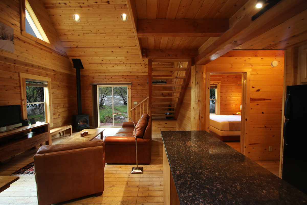 scott-peterson-large-cabin-web-505A6393