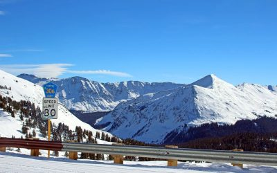 snowmobiling-chaffee-county-colorado
