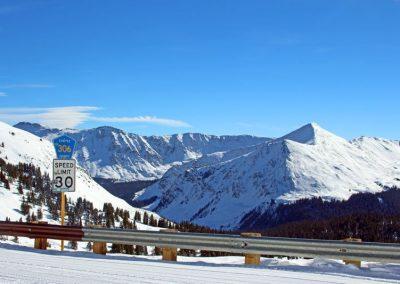 snowmobiling-chaffee-county-colorado