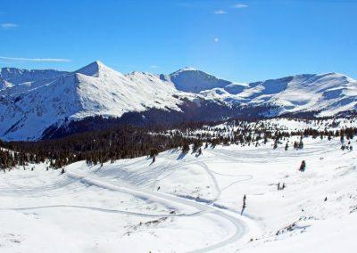 snowmobiling-colorado-rocky-mountains
