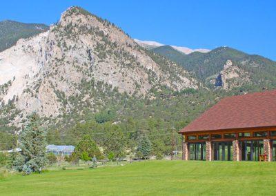 the-pavilion-lawn