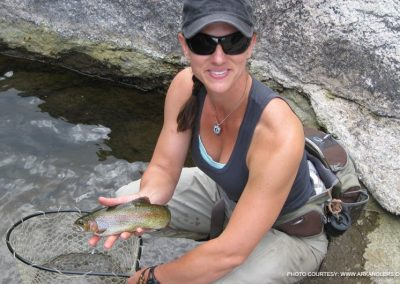 women-trout-fishing-in-colorado